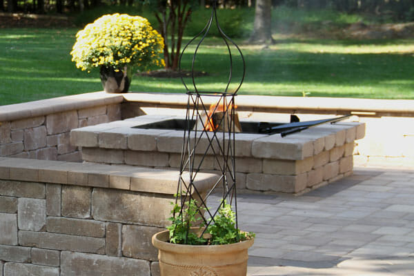 Outdoor Living Grills and Kitchens